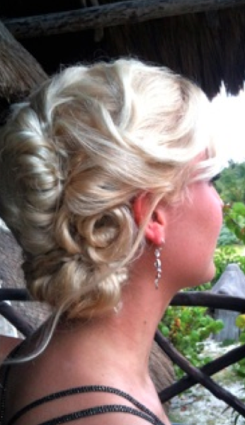 Ornate use of Icy blonde