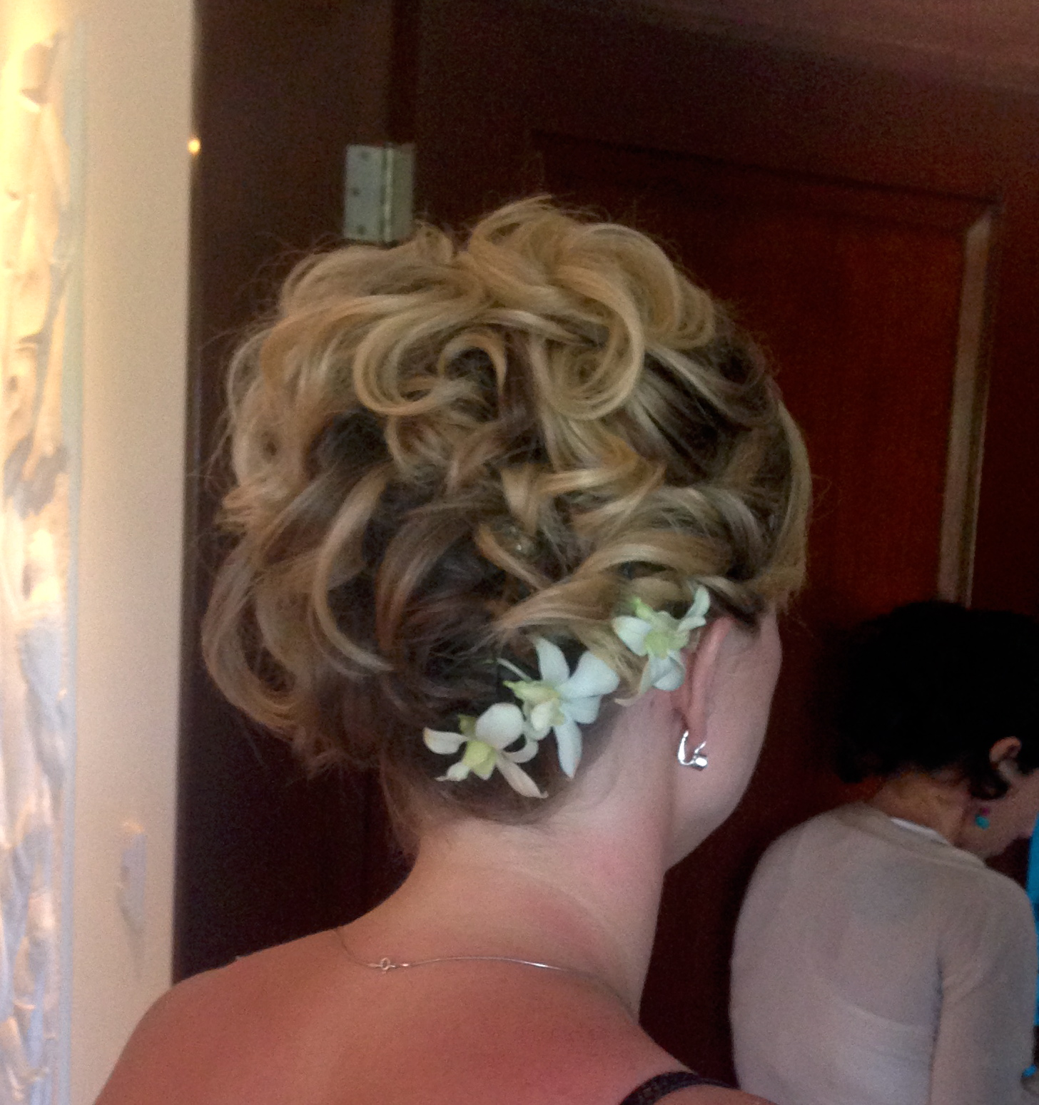 Loose hair up with orchids