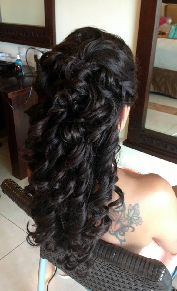 Cascade of curls