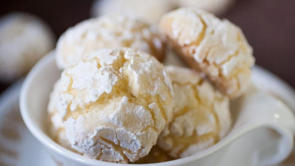 Ghreyba - Coconut Moroccan cookies