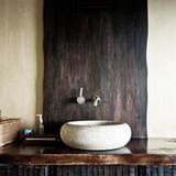 Évier rustique salle de bains