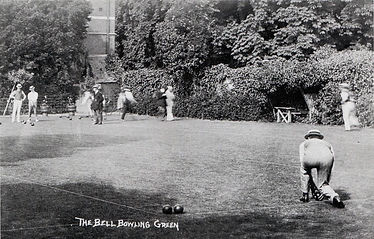 wp.10011 The Bell Bowling Green.jpg