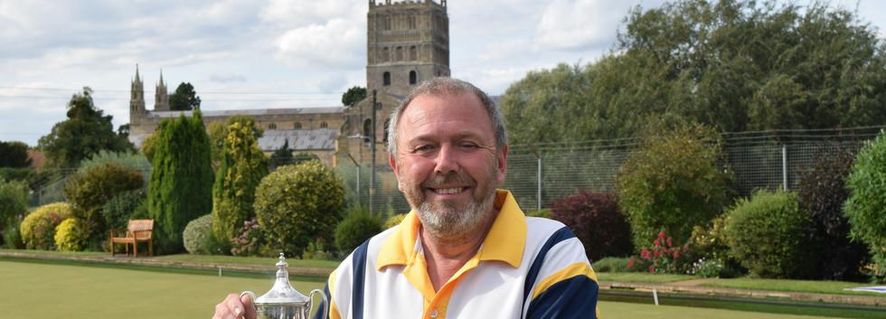 Champion. Dave Minchew