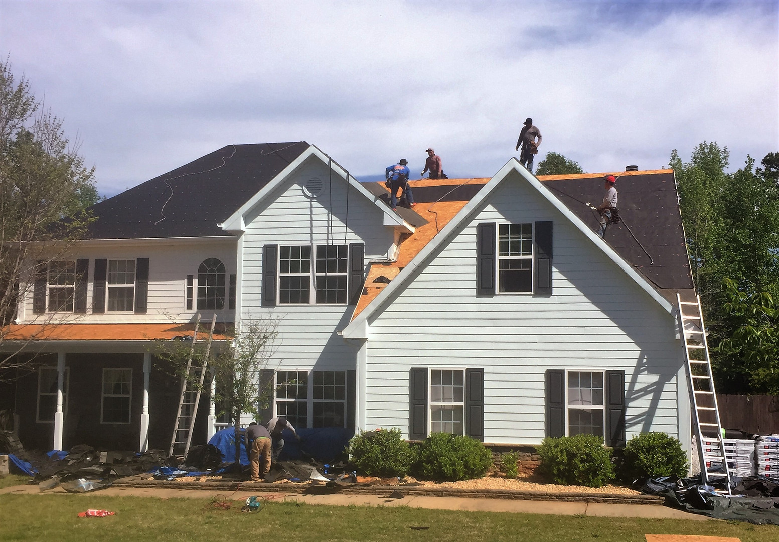 Limitless Roofing Crew.JPG