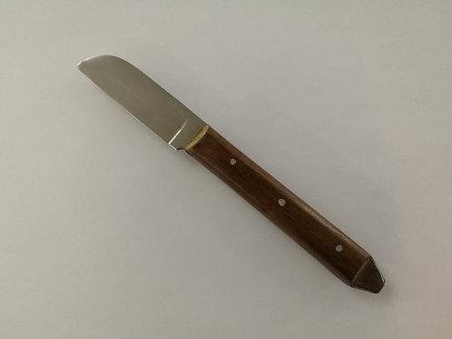 Нож за хартия с право острие