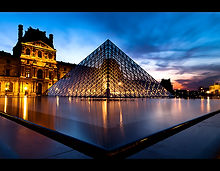 louvre_by_night_3_by_lemex-d3b8wsu.jpg