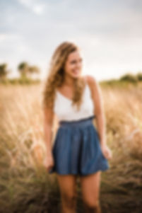Tampa Senior Photographer Mariah Thomaso