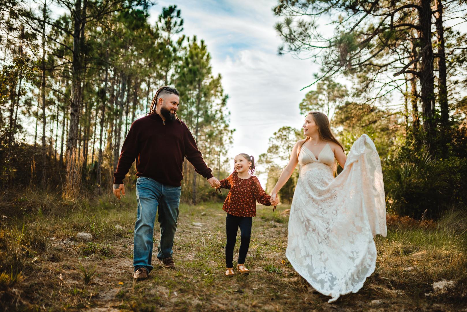 Tampa Maternity Photographer Mariah Thom