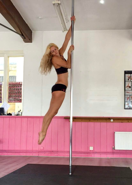 2 Beginner /Improvers Pole