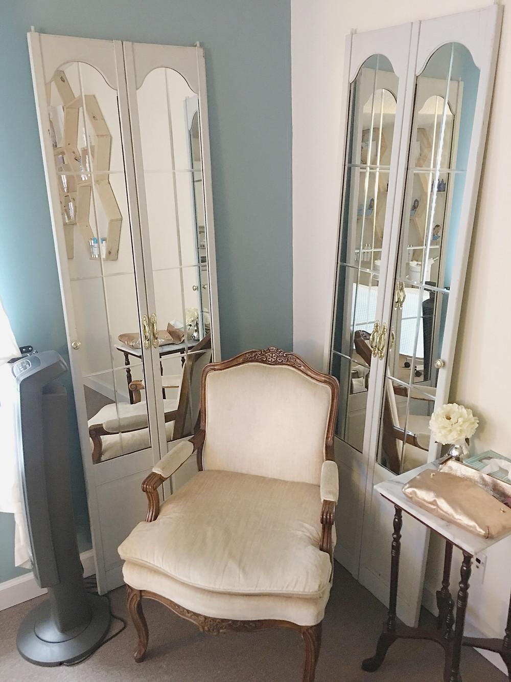 Emily Anne Esthetics - cozy dressing area