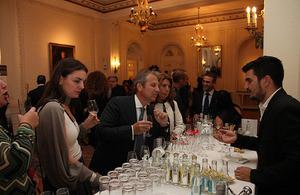 Βρετανικές εταιρείες ποτών ανοίγονται επιτυχώς στην ελληνική αγορά