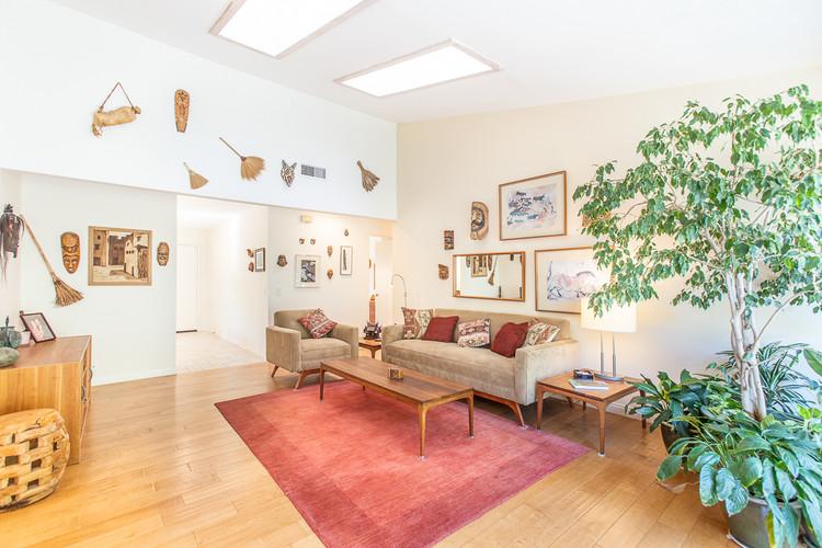 643 Lautrec Court, Thousand Oaks