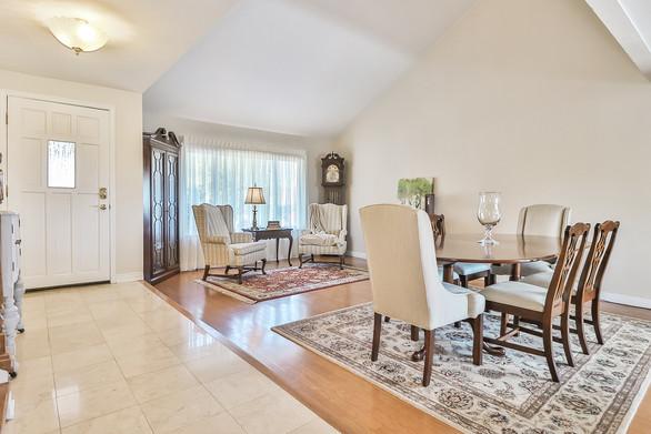 644 Lynwood Street, Thousand Oaks