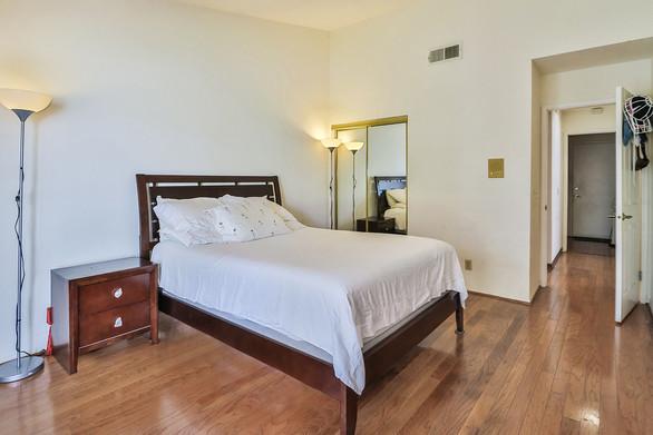 jMain Bedroom Suite3.jpg