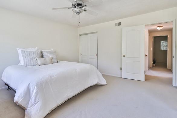 mMain Bedroom Suite2.jpg
