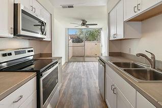 508 W Gainsborough Road, Thousand Oaks