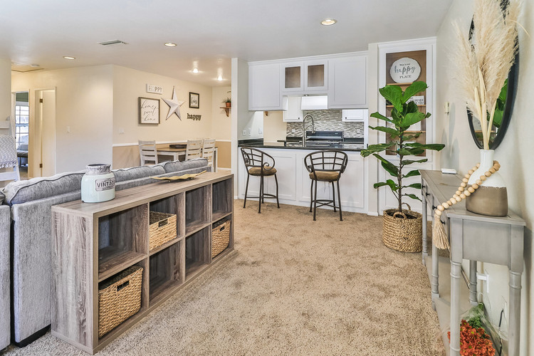 945 Stanford Drive, Simi Valley