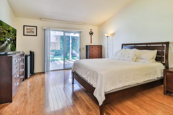 jMain Bedroom Suite1.jpg