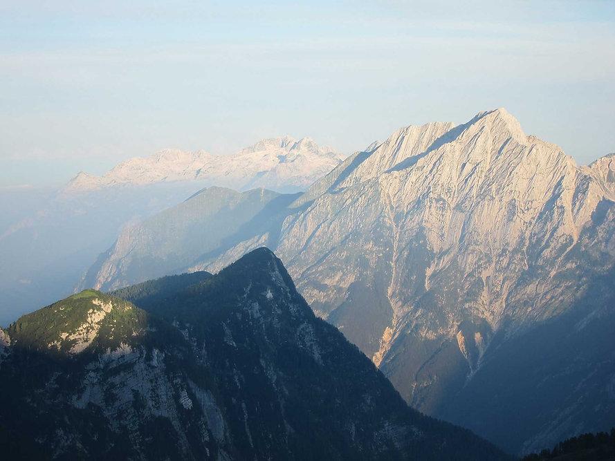 mountainBGtest.jpg