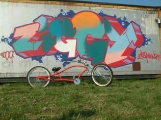 Ziggy's lowrider graffiti
