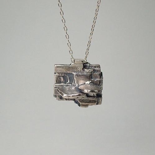 ウチワタケ×珪化木 シルバーネックレス tree mushroom & silicified wood silver neckless
