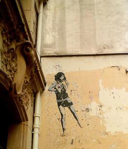 La danseuse parisienne...