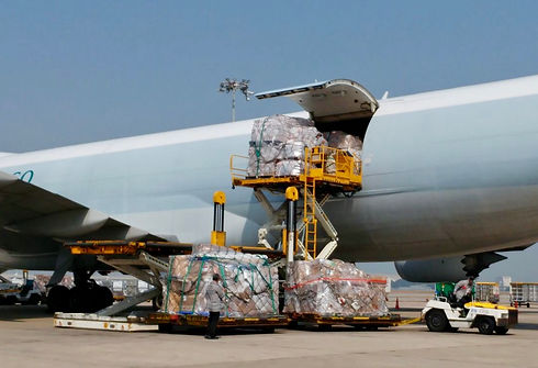 cargo plane 1 (2).jpg