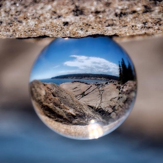 Maine in a globe