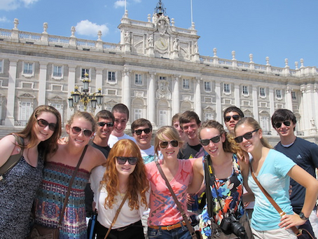 Academic Tip of the Month – Studying Abroad in High School