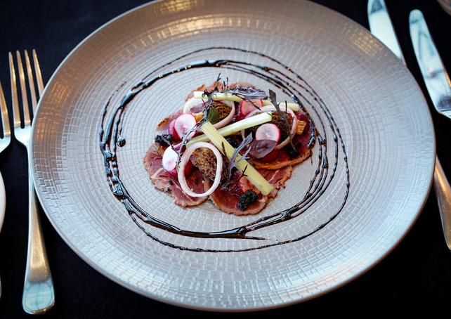 1b-Warren-restaurant--beef-carpaccio-132