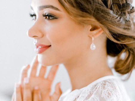 Makeup FAQs: How to Make Your Special Event Makeup Last!