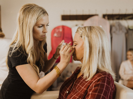 Top 3 Essentials For Mother of the Groom Makeup