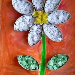 Fleur en rouleau de papier toilette