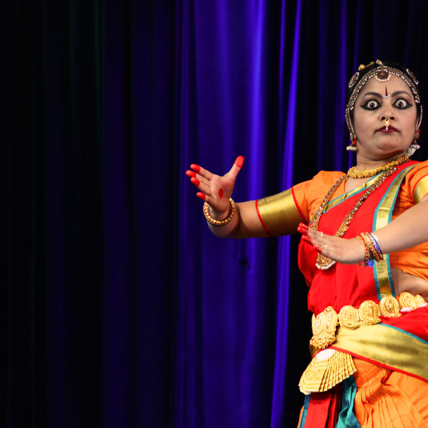 330pm - Indian Theatre in pursuit of ete