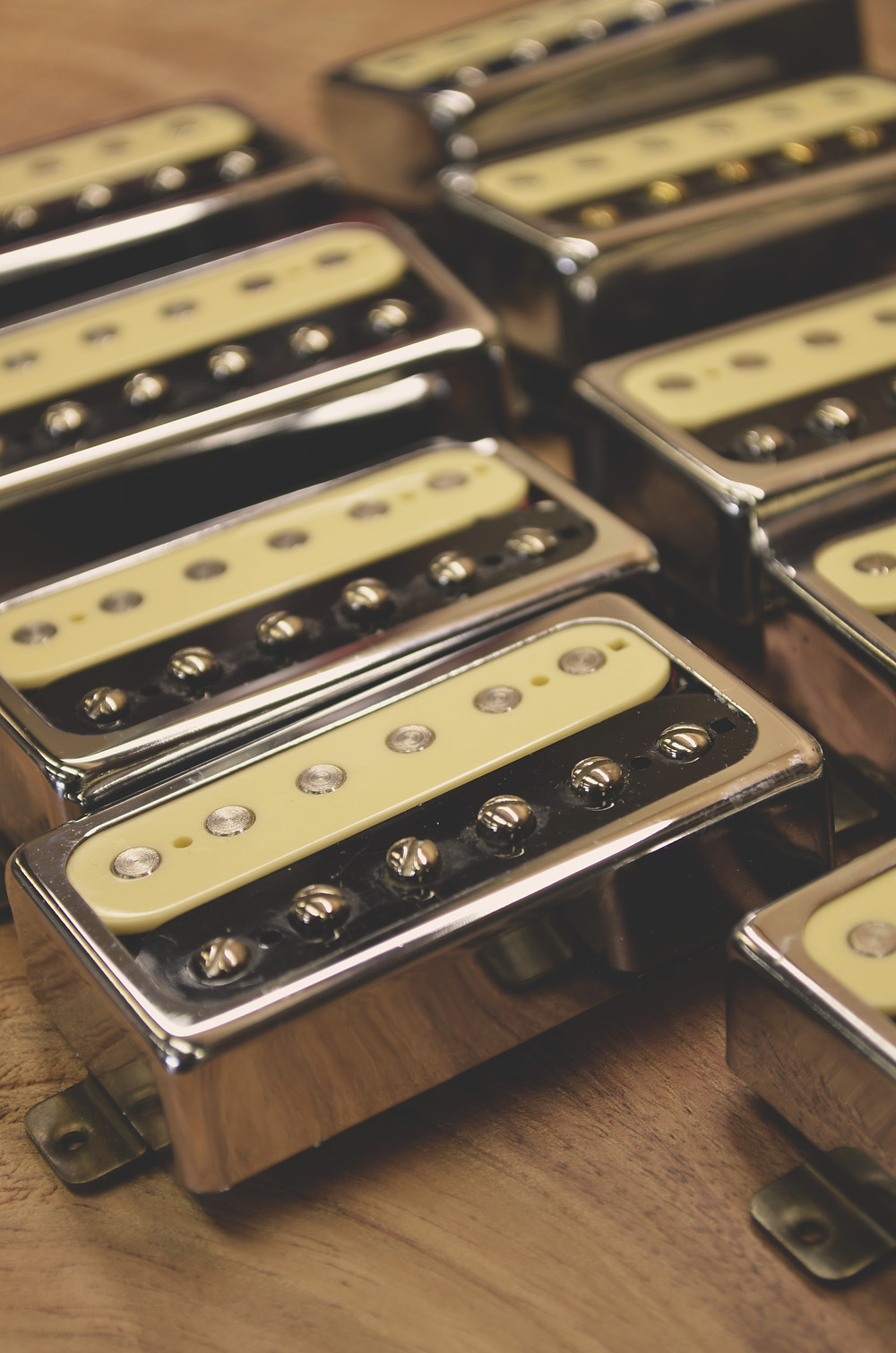 aPurla handcrafted guitars Humbucker pickups