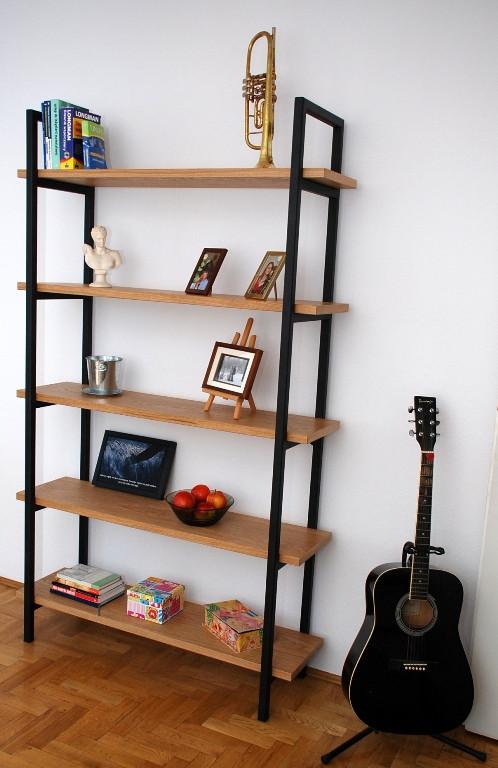 bookshelf_2.jpg