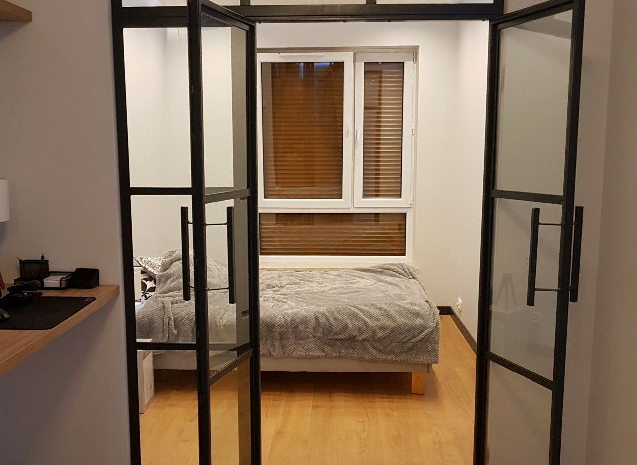 Double_french_bedroom.jpg