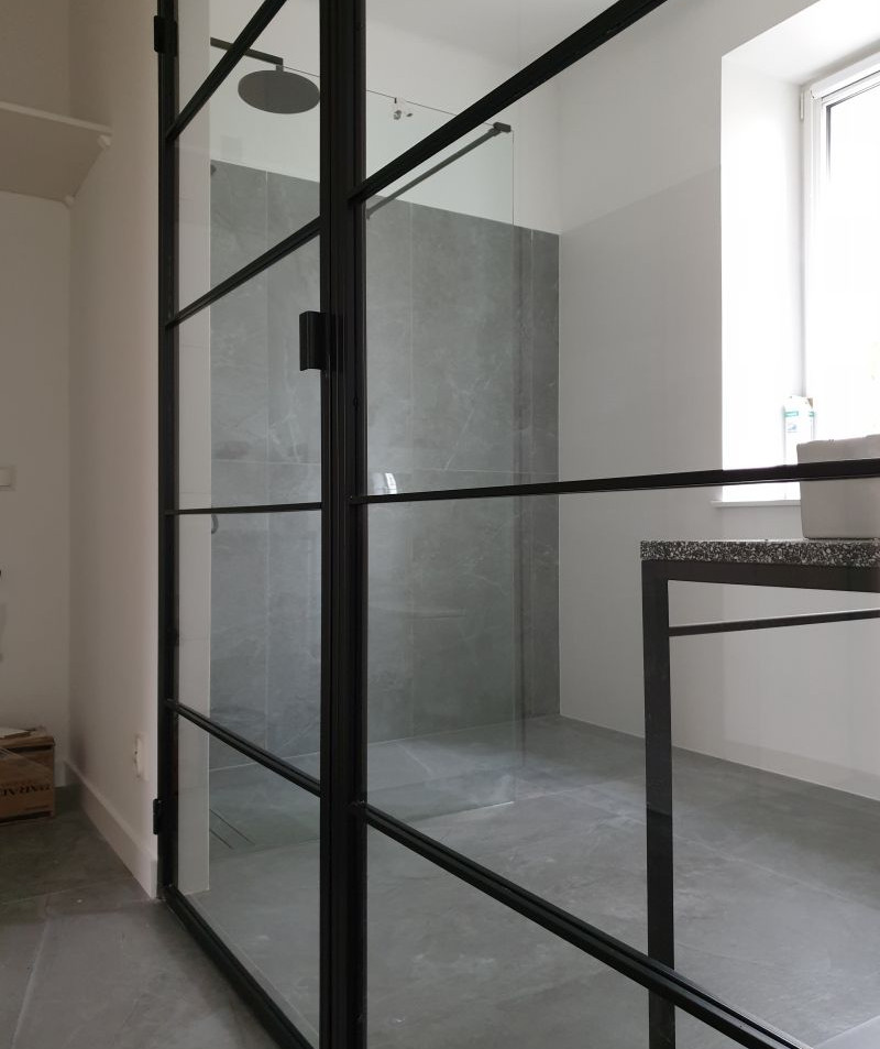 Crittall style wet room doors