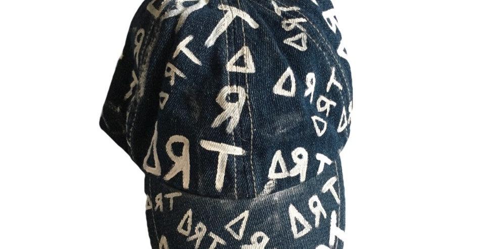 baby ∆ЯT hat