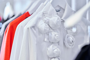 Edem-fashion-detail-white-Blume-web.jpg