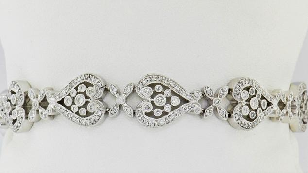 18k white gold 2.48ct total weight, diamond bracelet