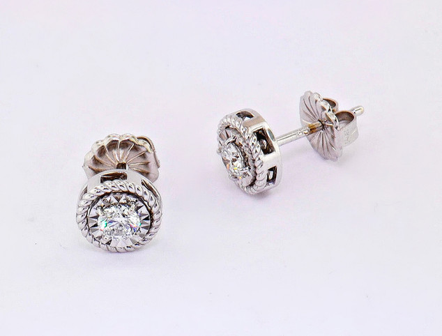 14k white gold .25ct total weight diamond rope twist frame stud earrings