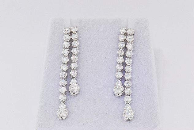 14k white gold, 1.92ct round diamond pront set earrings.