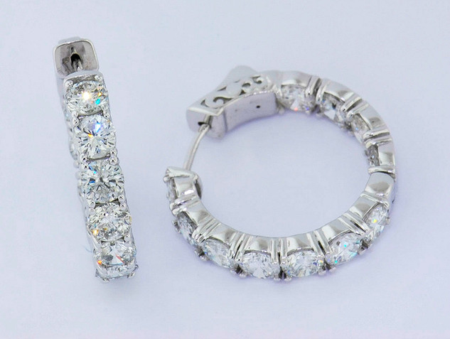 14k white gold 5.5ct total weight diamond hoop earrings_