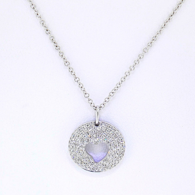 14k white gold .25ct total weight diamond pavè heart pendant