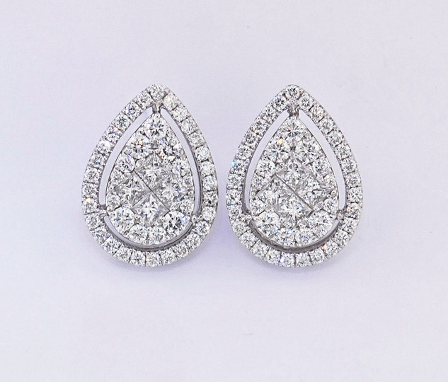 18k white gold .93ct total weight diamond, pear shaped cluster stud with diamond halo earrings