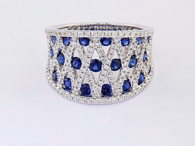18k white gold 1.29ct total weight sapphire, .84ct total weight diamond ring