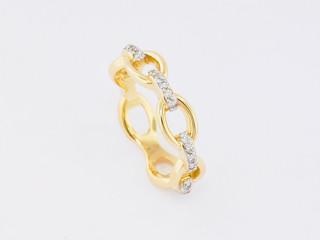 14k yellow gold, .25ct total weight, prong set diamond ring