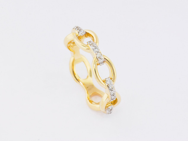 14k yellow gold, .25ct total weight, prong set diamond ring