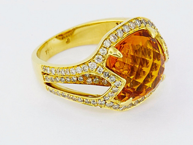 18k yellow gold 8.37ct citrine center stone, 1.07ct total weight diamond ring